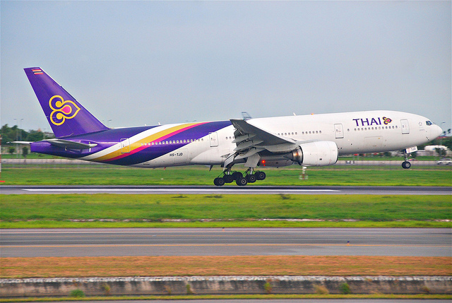 "Thai Airways ""Deidentifies"" Plane in Bizarre Attempt at Damage Control — Vagabondish"