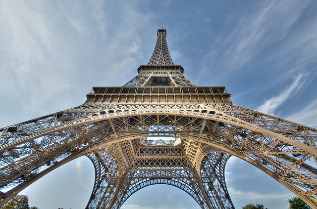 Labor Action Closes Eiffel Tower — Vagabondish