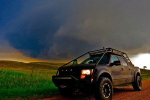 VIPER TOURS STORM CHASING