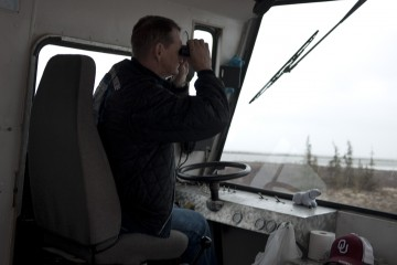 Tundra Rover Driver, Baz, Searching for Polar Bears