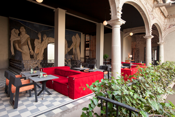 Boutique hotel opens in former mexico city palace for Downtown boutique hotel