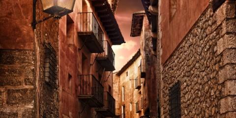 Aragon Alley, Spain