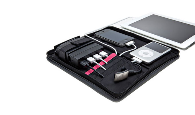 AViiQ Portable Travel Charging Station