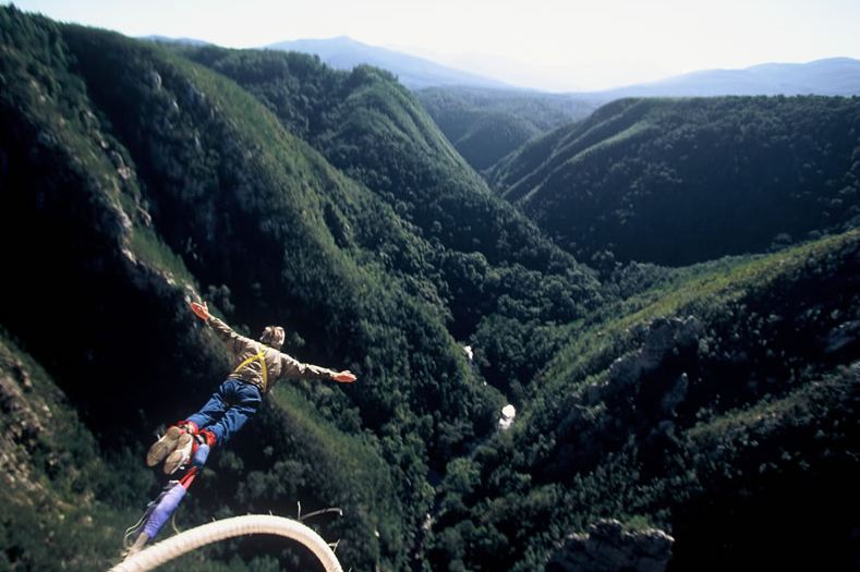 Bungee Jumping Bloukrans Bridge, South Africa