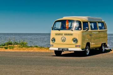 campervan-beach-9149946164