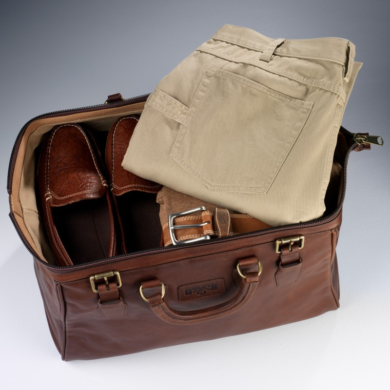 Duluth Trading's AWOL Bag Is a Timeless Weekender