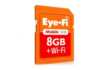 Eye-Fi Mobile X2 Wireless Memory Card (closeup)