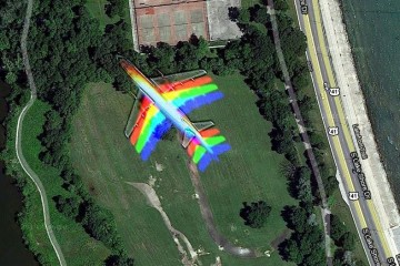 Google Maps Captures Plane in Flight Over Hyde Park, Chicago