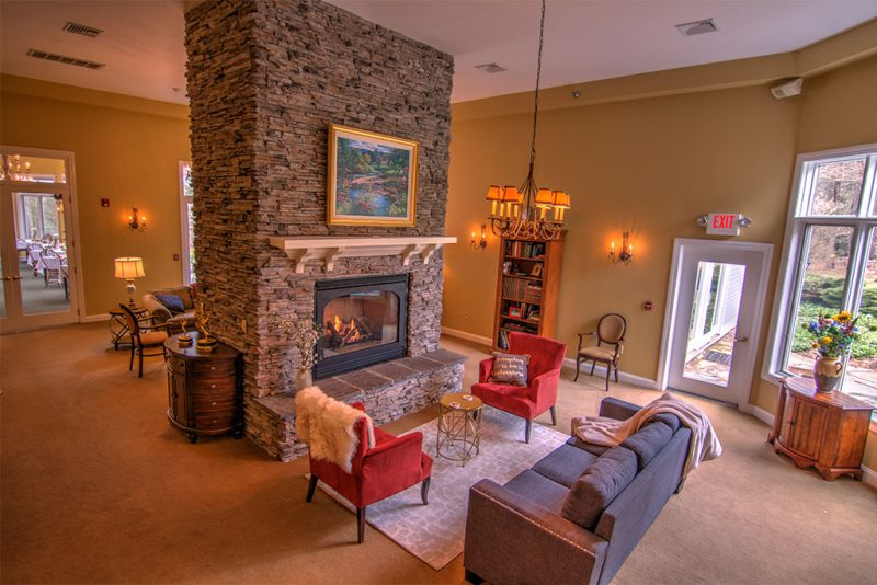 Guest Lounge at Stone Hill Inn in Stowe, Vermont