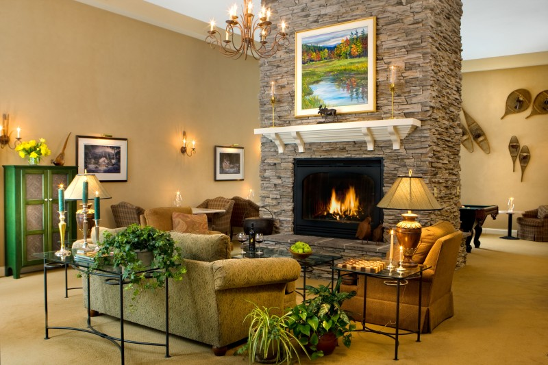 Guest Lounge at Stone Hill Inn, Stowe, Vermont