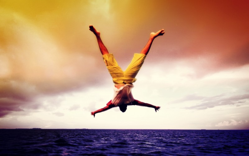 guy-jumping-head-first-ocean-3702176604_f10aabe695_o