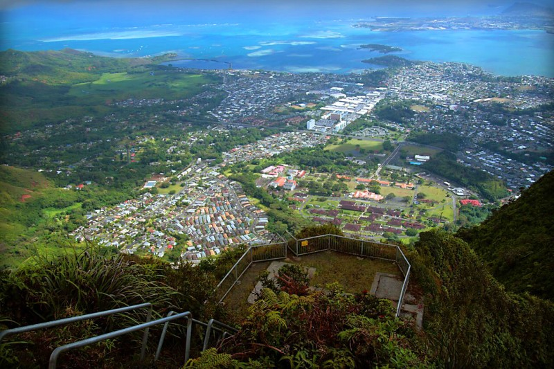 Illegal Travels: Trek Hawaii's Haiku Stairs For The Best Views of Oahu — Vagabondish