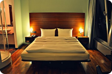 hotel-bed-5345160824