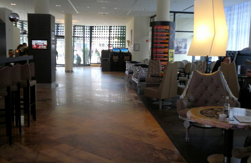 hamburg 39 s top 4 boutique hotels vagabondish. Black Bedroom Furniture Sets. Home Design Ideas