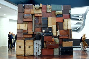 huge-luggage-pile-5261698908