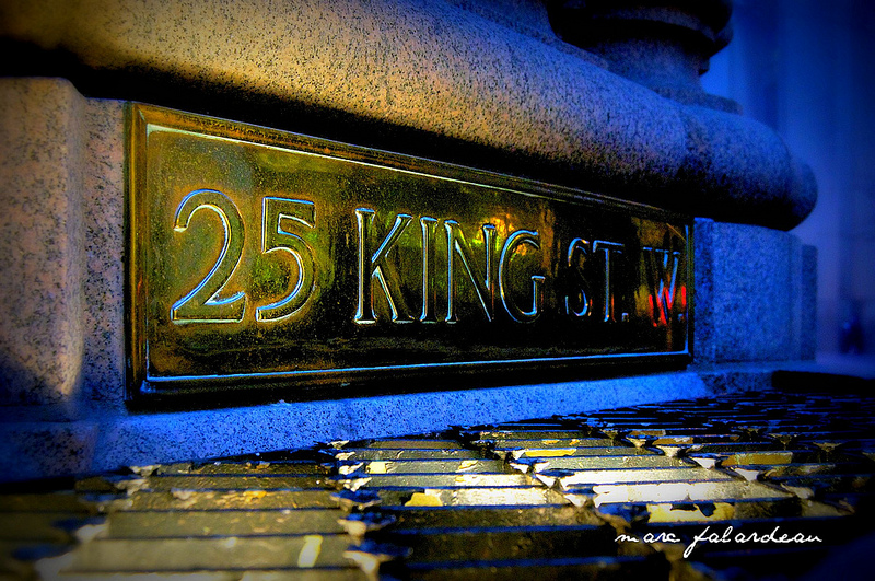 Sign: King Street (Toronto, Canada)