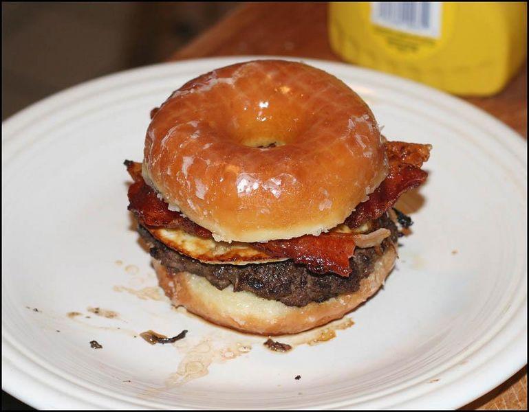 Krispy Kreme Bacon Cheeseburger Things To Eat In