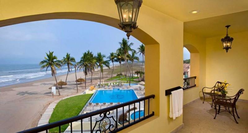Mazatlan travel a budget vacation guide to mexico 39 s - Estrella del mar hotel ...