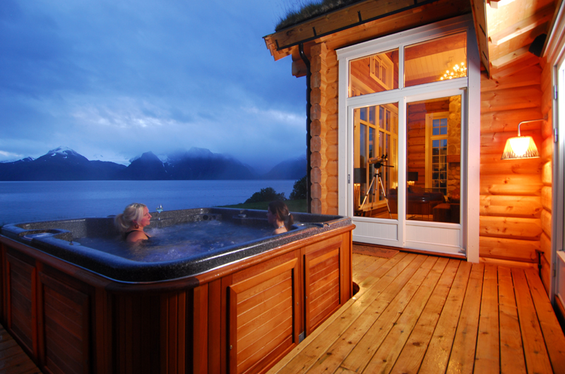 Lyngen Lodge Hotel in Norway