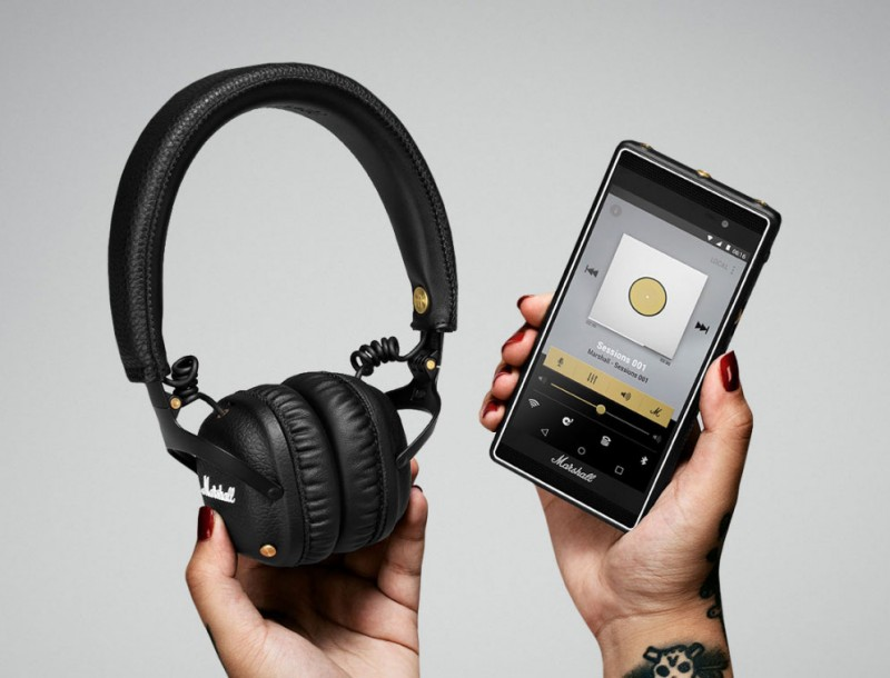 Marshall Mid Bluetooth Headphones with Smartphone