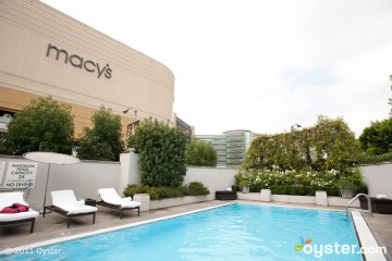 pool-sofitel-los-angeles-v515423-800