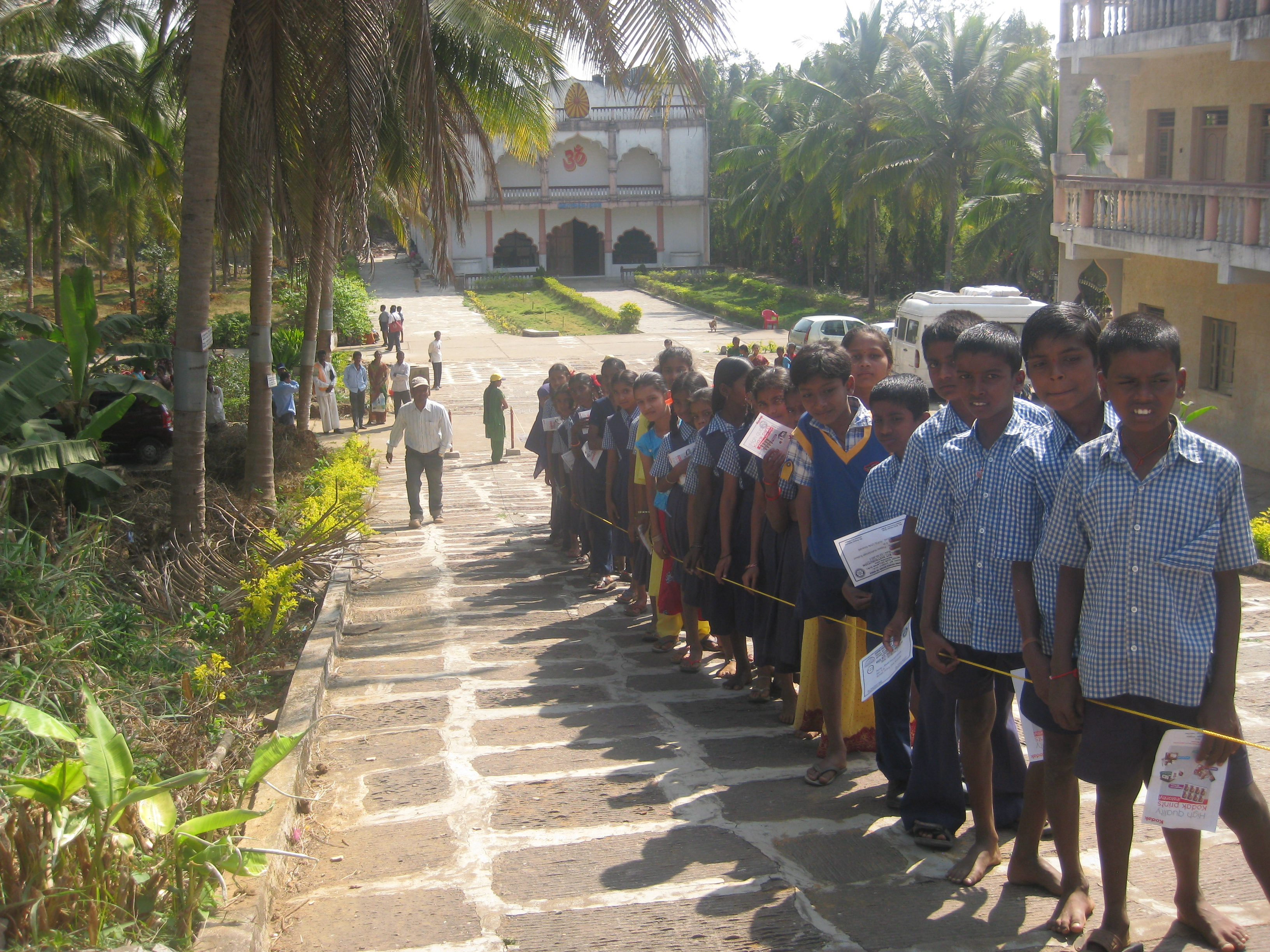 Children Awaiting SCAW Bedkit Distribution, India