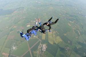 skydiving-england-7462871722_eb30f49aca_b