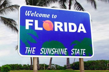 Sign: Welcome to Florida (The Sunshine State)