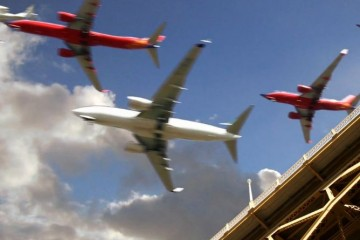 time-lapse-planes-landing-san-diego-airport-screenshot