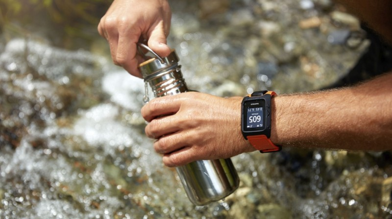 TomTom Adventurer - GPS Watch for Hiking