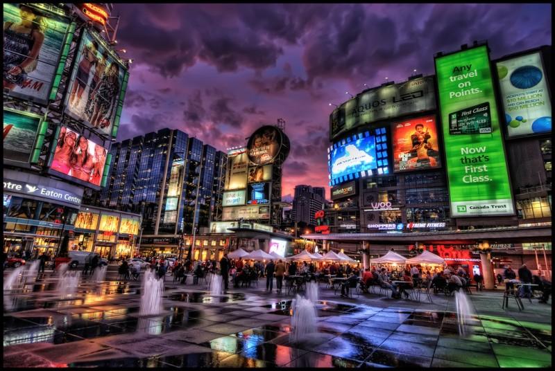 Yonge-Dundas Square, Toronto, Canada